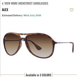 NWOT Alex RayBan Sunglasses